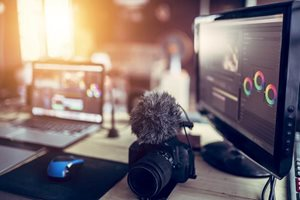 3 Reasons To Use Professional Live Streaming Software