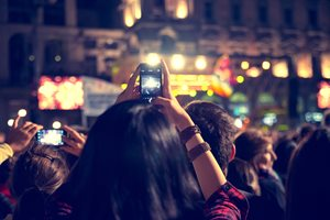 How 10 Innovative Companies Are Using Periscope To Drive Engagement