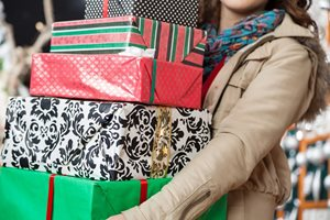 "8 in 10 Christmas shoppers share gift ideas via ""Dark Social"""