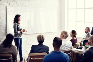 5 Things Senior Marketers Can Learn from Sales Training